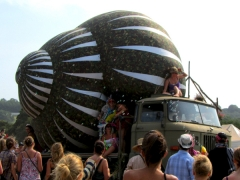snail-glastonbury-front